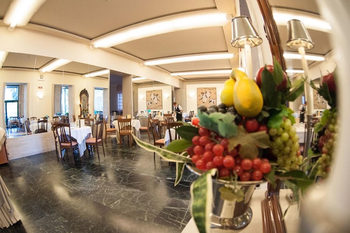 Hotel Antiche Terme Ristorante Pensione Completa Cucina Salutare